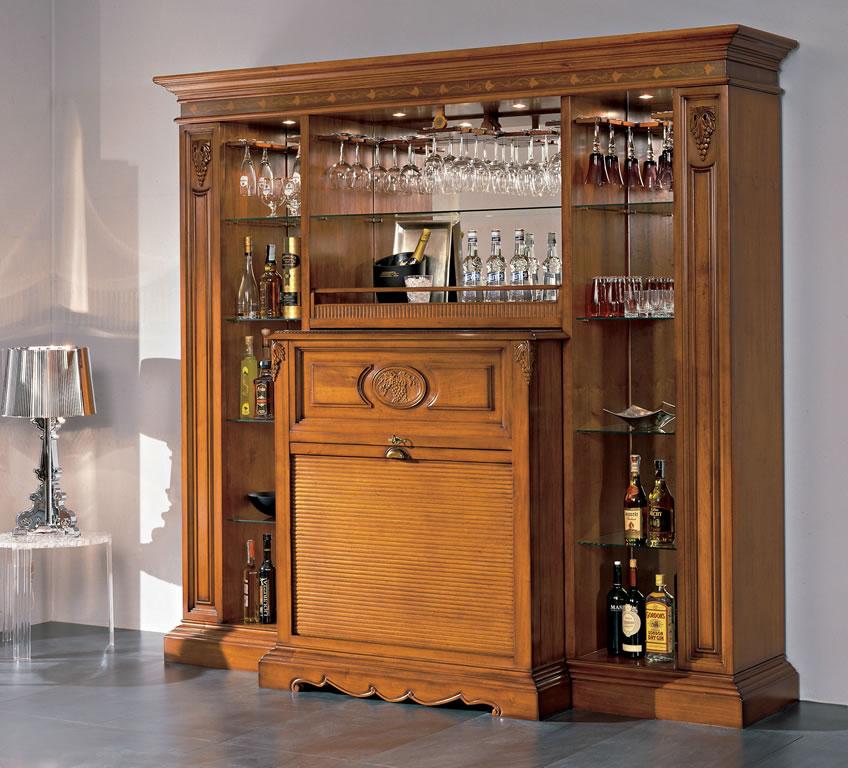 Дизайн шкафа с баром